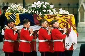 Princess Diana's Funeral - Photo Essays | Casket, The o ...
