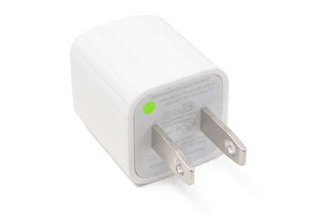 iphone power cord apple usb power adapter for iphone and ipod a1385