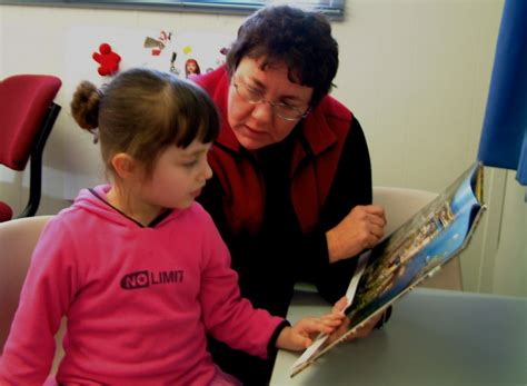 the efficacy of the lidcombe program for stuttering 688 | Clinician and client 02 1024x750