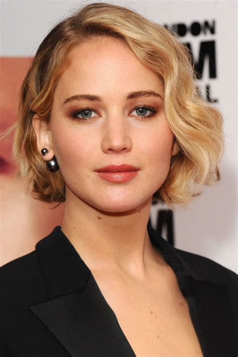 14 most beautiful short curly hairstyles and haircuts for