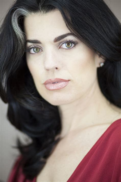 That Winning Head Shot By Beauty Expert Nikol Johnson