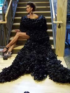 1000+ images about Trash bag dress on Pinterest | Robert ...