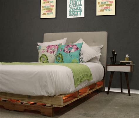 fabriquer une tete de lit capitonne 50 id 233 es pour fabriquer une t 234 te de lit archzine fr