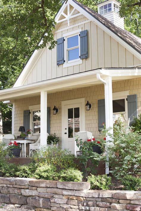 17 best ideas about cottage exterior colors on