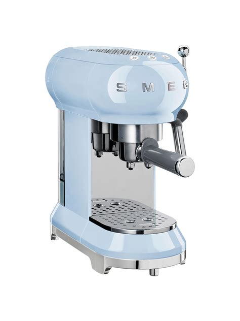 Smeg's manual machine is as much an educational tool as it is a means to get your quality morning roast without leaving the. Smeg ECF01PBUK Coffee Machine Pastel Blue