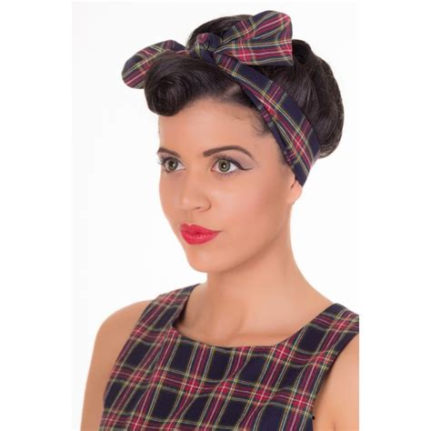 1950s Headband Hairstyle by Grushiestyle Vintage Inspired 1950s Chequered Headband