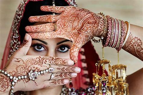 mehndi bride  beautiful henna  bridal jewelry