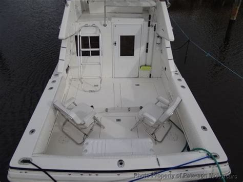 phoenix  convertible sfx sport fishing boat