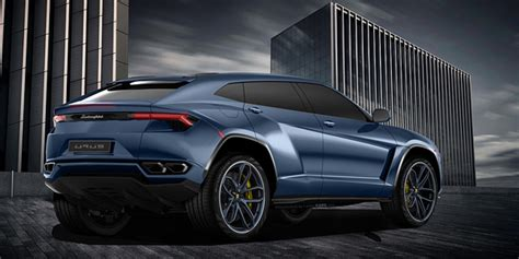 lamborghini urus production version rendered