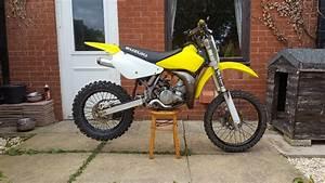Moto Cross Suzuki : suzuki rm 85 rm85 2010 motocross mx moto cross 85cc in barnsley south yorkshire gumtree ~ Louise-bijoux.com Idées de Décoration