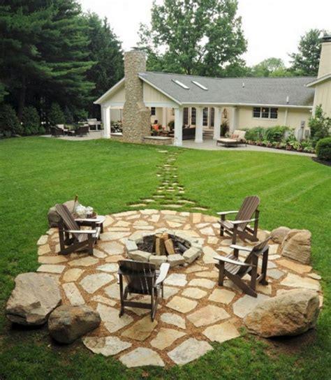 Backyard Retreats Ideas by Best 25 Backyard Retreat Ideas On Patio