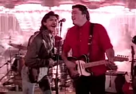 Los Lobos Goes To Number One With