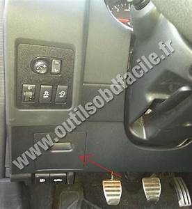 Obd2 Connector Location In Nissan Qashqai  2007