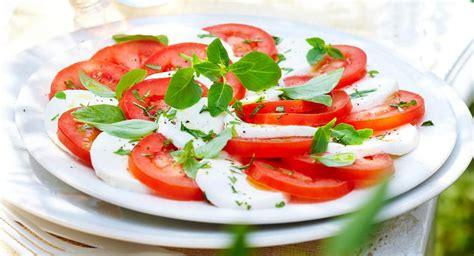 cuisine grecque 60 recettes de salades composées à déguster tout l été
