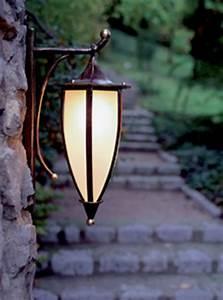 Lampen Für Den Garten : lampen und leuchten f r den garten ~ Whattoseeinmadrid.com Haus und Dekorationen