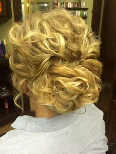 30 Hottest Bridesmaid Hairstyles For Long Hair PoPular