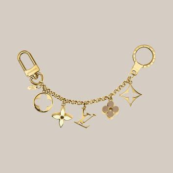 fleur de monogram bag charm chain louis  louis vuitton