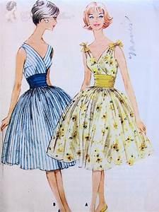 1950s lovely cocktail dress pattern flattering