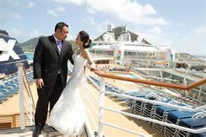 cruise weddings royal caribbean cruise wedding rich secondprint productions chicago wedding