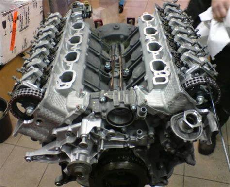 Mercedes Benz E55 V8 Engine