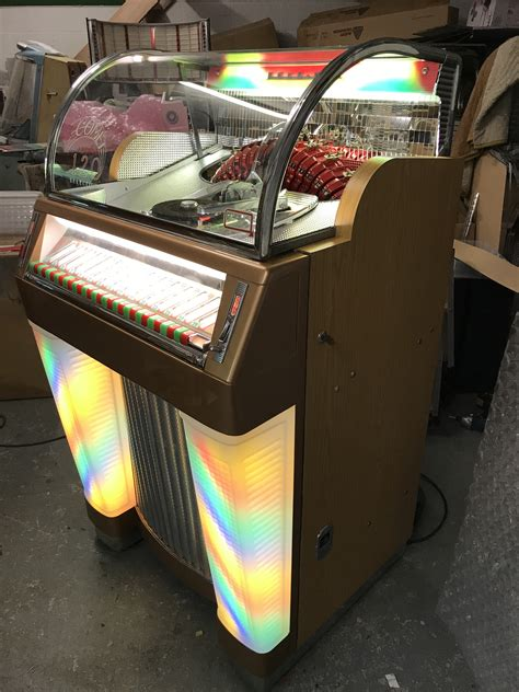 rockola  jukebox revival