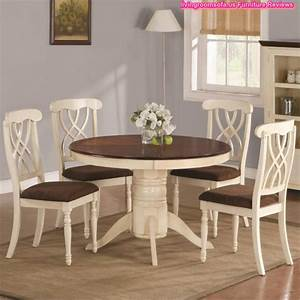 Wood round table and chairs casual dining room furniture for Casual dining room table sets