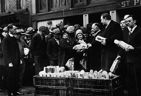 The Great Depression (1929-39) Was Coffee Ground Mushrooms Starbucks Iced To Try As Fertilizer Grind Chew Pork Chops Grounds In The Garden Ornament Color