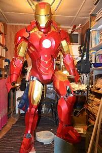 Life Size Iron Man Mark IV Armor Papercraft for Cosplay ...
