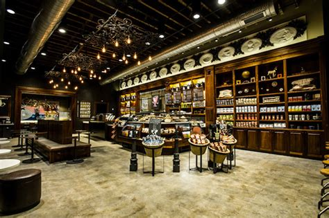 Vintage Inspired Starbucks Coffee Shop in New Orleans