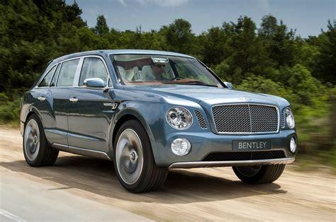 2017 Bentley Suv 1024 X 768 Wallpaper