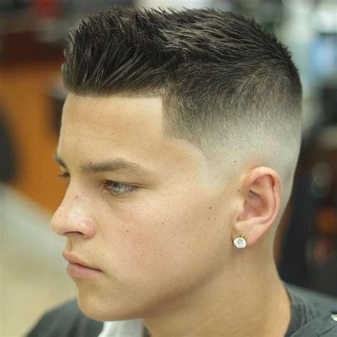 melhores ideias de corte de cabelo masculino militar