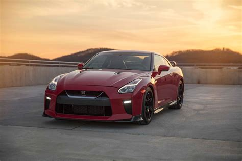 2017 Nissan Gt-r Track Edition Is An Intriguing Nismo