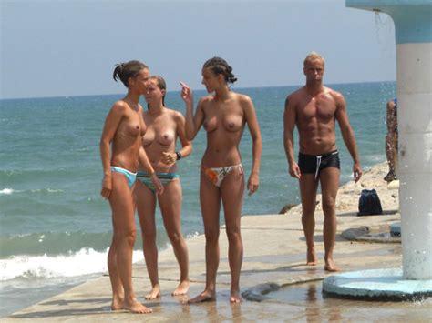 Public Beach Candid Nudes Topless Friends Naked Group Candid Nude Beach Bikini