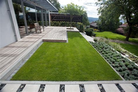 Moderner Garten Mit Steinen moderner garten mit holz und stein living garden