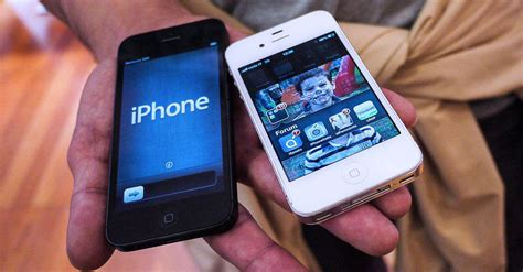 trade in iphone 5 microsoft goes after iphone owners with new trade in deal