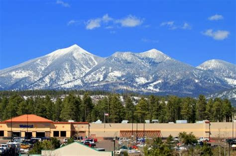 Panoramio - Photo of Mt. Humphreys from Flagstaff in April