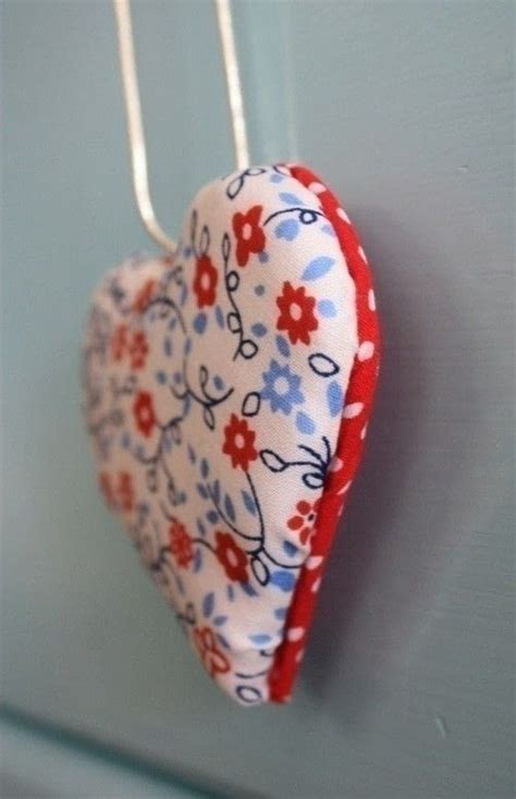padded fabric hearts     shoe clip sewing