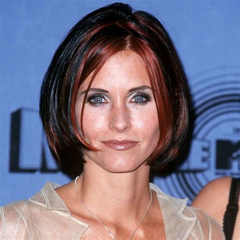 layered bob haircut courteney cox s changing looks instyle 1995