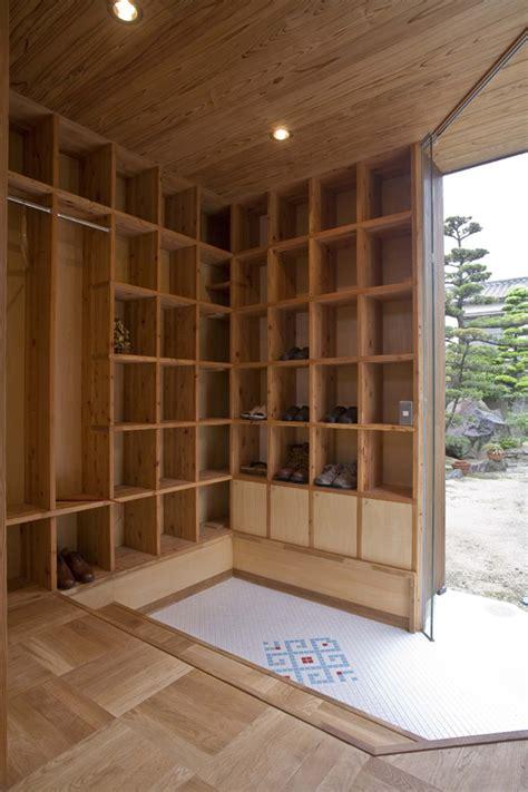 shelf pod  islamic library residence  japan