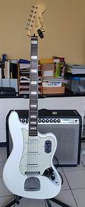 Official Squier Vintage Modified Bass Vi Club