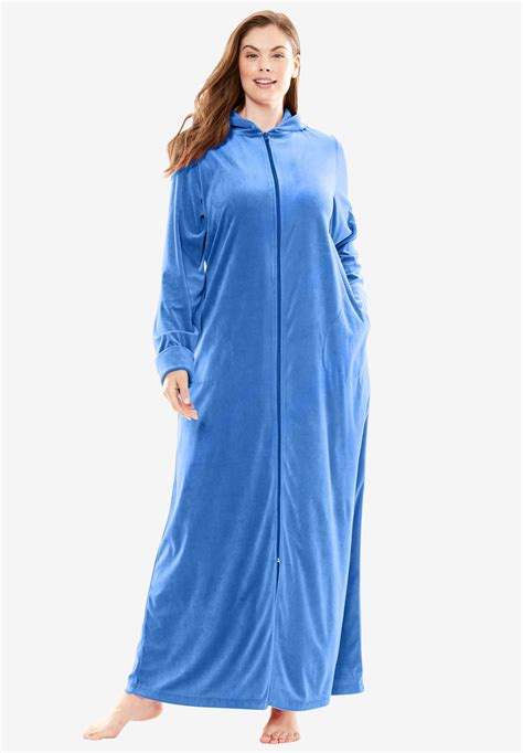 hooded velour robe  dreams   size robes roamans