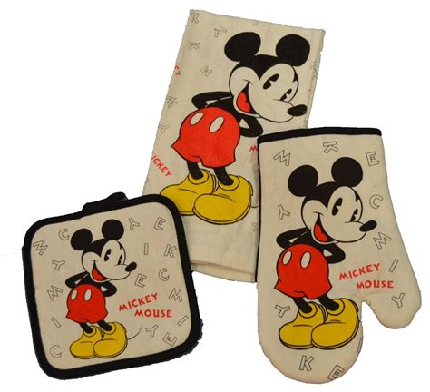 Mickey Mouse Kitchen Essentials Collection by Disney Discovery 3 Mickey Mouse Kitchen Set