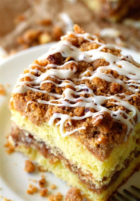 Cinnamon Streusel Coffee Cake   Dark Brown Hairs