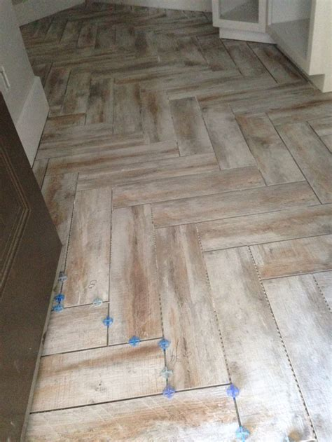 6x24 wood tile patterns herringbone pattern using my mohawk treyburne antique