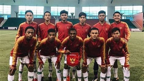 Berikut susunan pemain timnas indonesia melawan timnas oman. Timnas U-16 Indonesia Satu Pot dengan Australia, Korea ...