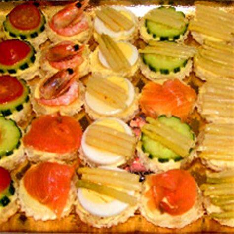 canapé buffet froid recettes canapes pour buffet 28 images recette mini