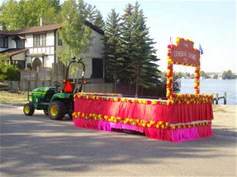 how to use pom poms and poms wares parade decorations