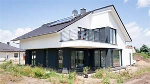 Moderne Häuser Mit Satteldach : bauhaus mit satteldach in l derburg architekten ~ Lizthompson.info Haus und Dekorationen