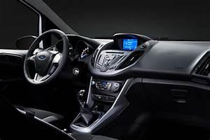 Ford C Max Essence : ford s rie sp ciale et nouveau moteur essence pour le b max ~ Medecine-chirurgie-esthetiques.com Avis de Voitures