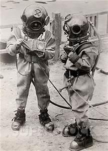 Deep Sea Diving: Antique Deep Sea Diving Equipment
